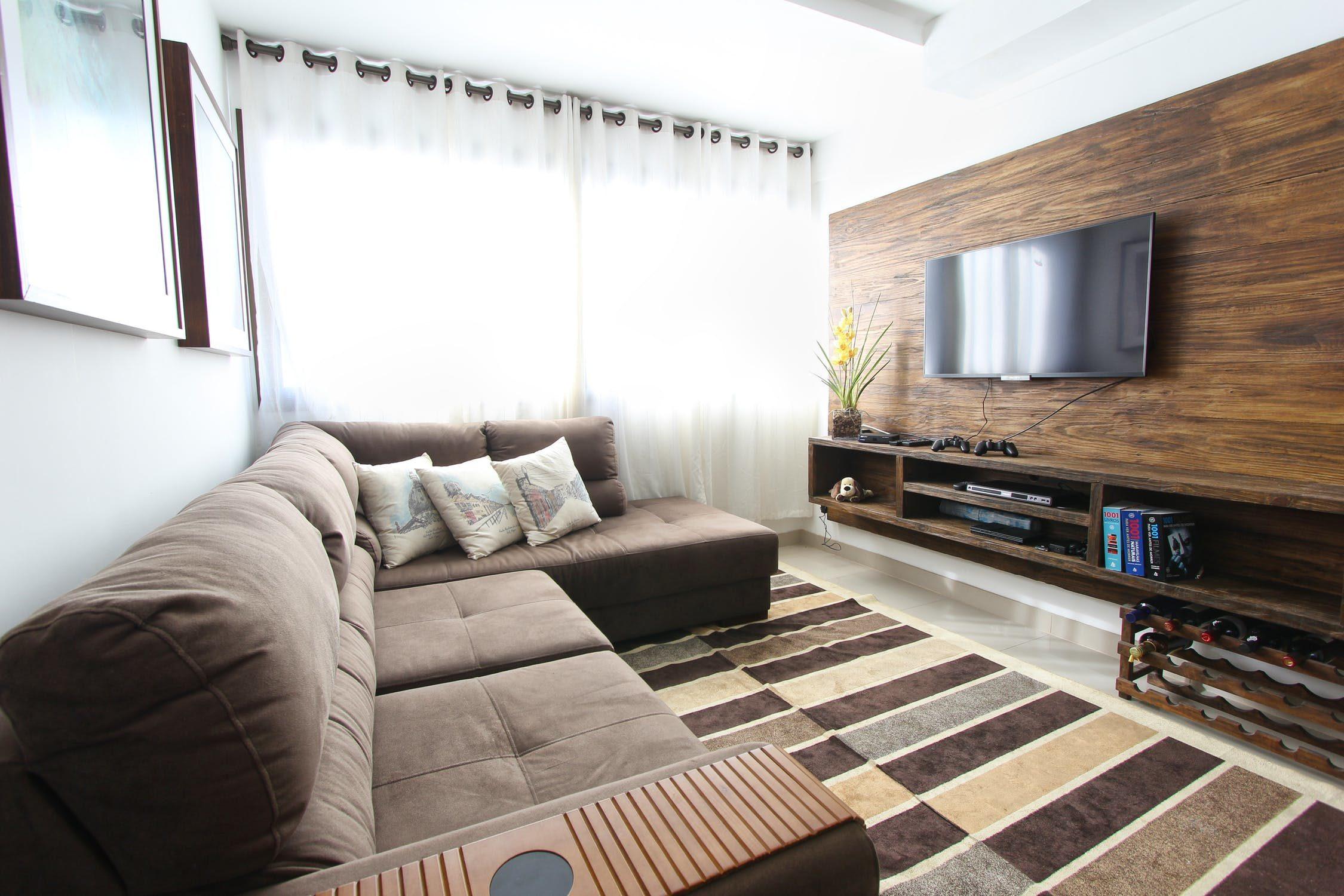 Czym kierować się podczas wyboru uchwytu do telewizora?