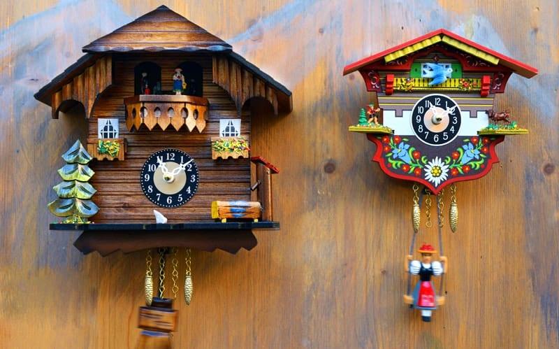 Zegar z kukułką ze Schwarzwaldu