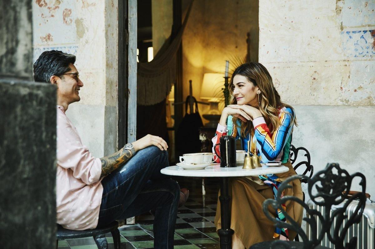 Jak wybrać odpowiednie stoliki kawiarniane?