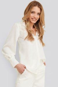 Koszula i marynarka –idealne ubranie na rozmowę o pracę