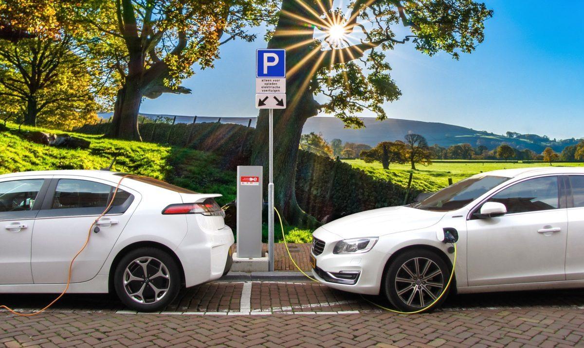 4 rzeczy, które warto wiedzieć o elektrycznych autach