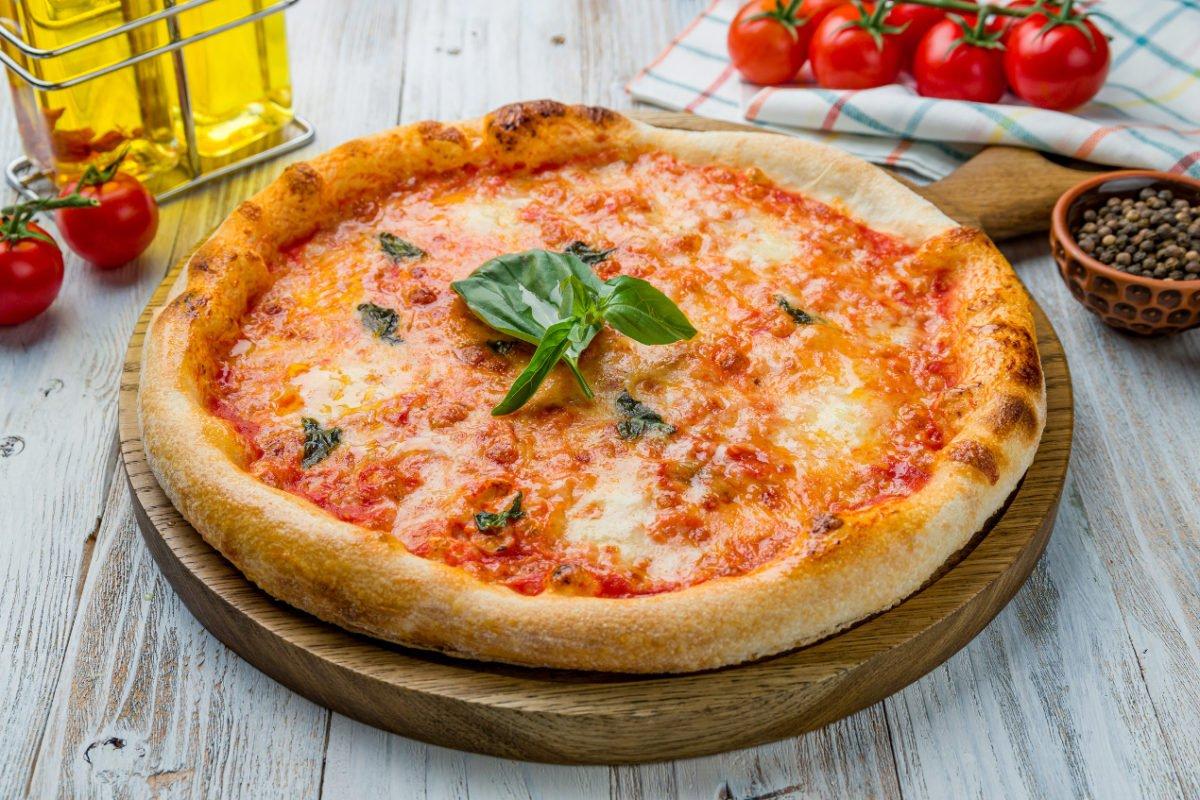 Historia włoskiej pizzy. Jak to się zaczęło?