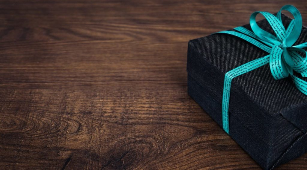 Pudełka ozdobne na prezent ślubny lub chrzciny