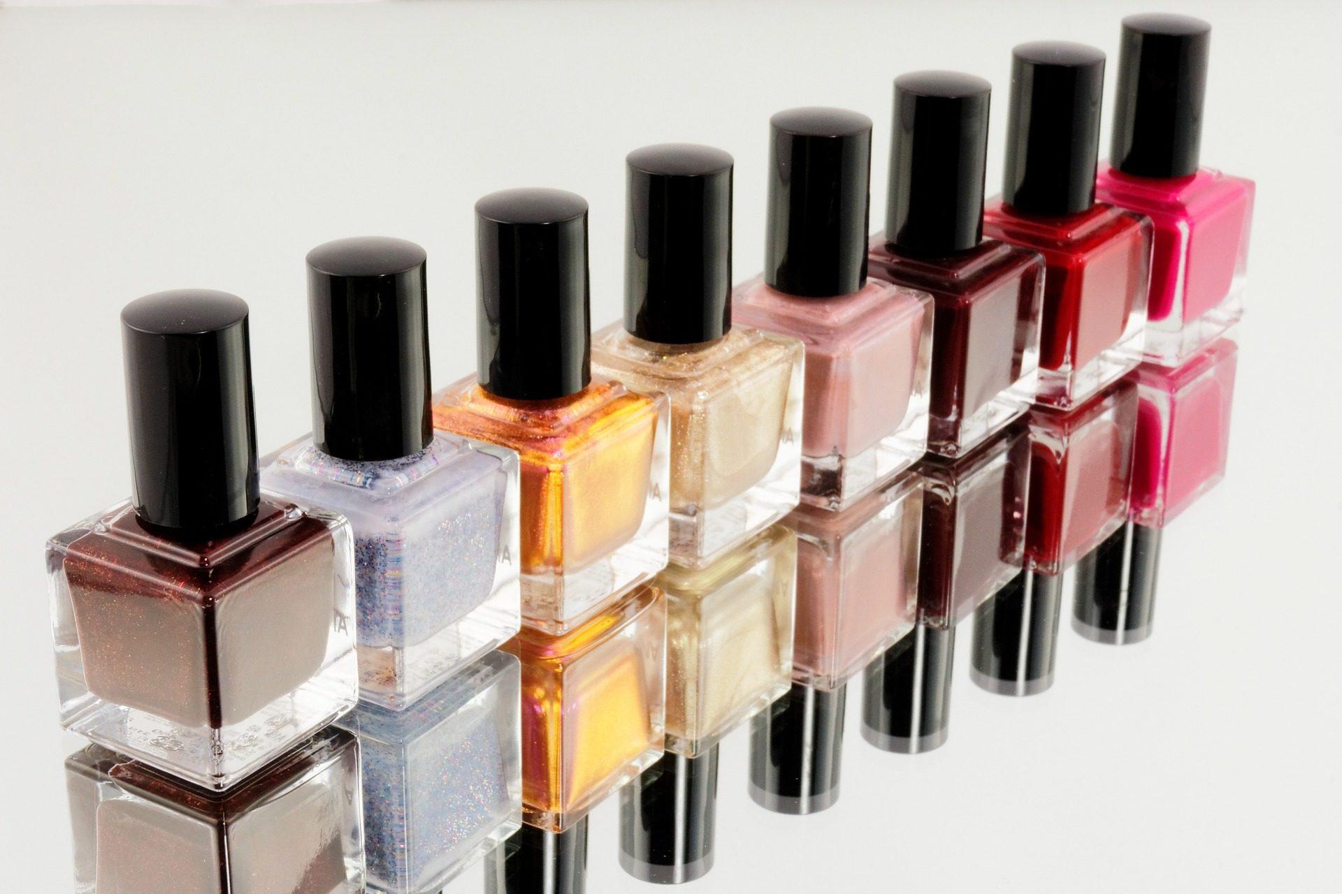 Dlaczego warto kupować w hurtowni kosmetycznej? Podpowiadamy!